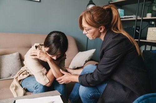 O que é a terapia interpessoal e quando ela é recomendada?