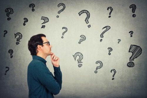 8 dicas para melhorar a capacidade de pensamento independente
