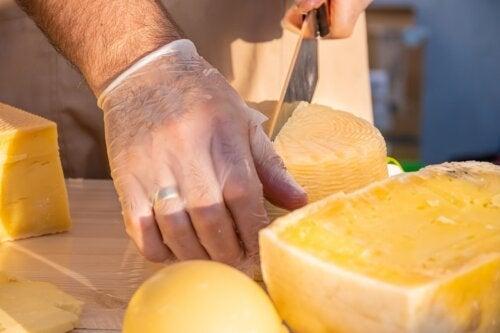 Queijo parmesão: nutrição, benefícios e utilizações