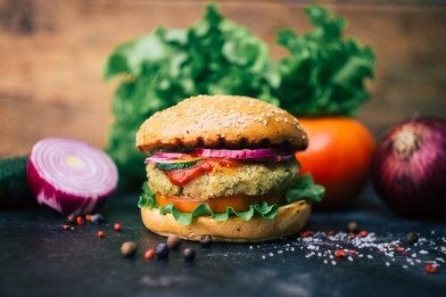 Hambúrgueres de abacate e quinoa: uma receita deliciosa